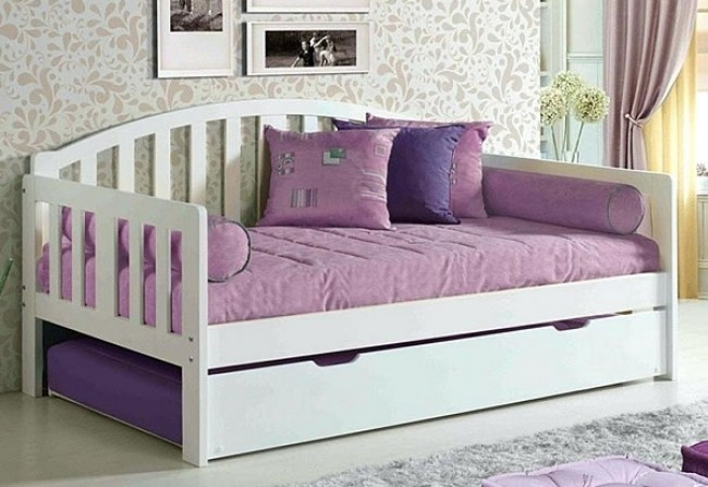 Nantucket Day Bed